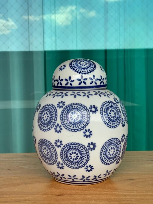 Vaso cerâmica azul e branco