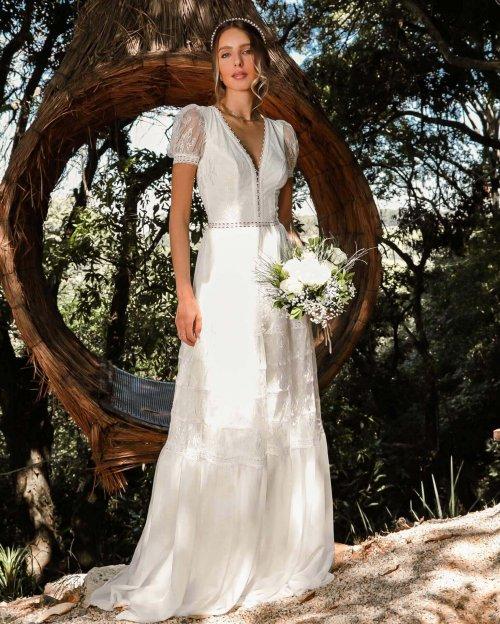{Amélie} Vestido Noiva Longo Evasê com Mangas Delicadas Casamento Boho (cor Branco Off)