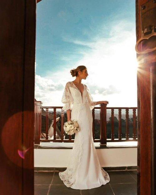 {Anastasia} Vestido Noiva Sereia Longo Manga 3/4 Trançado nas Costas Casamento (cor Branco Off)