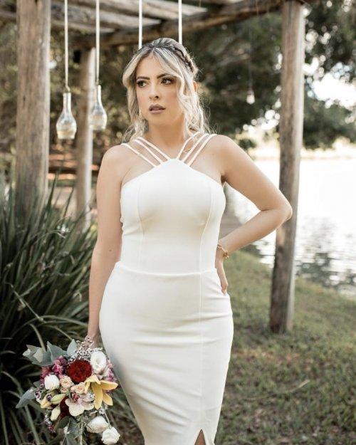 {Bianca} Vestido Midi Tubinho Tirinhas com Fenda e Zíper Dourado Formatura Casamento (cor Branco Off)