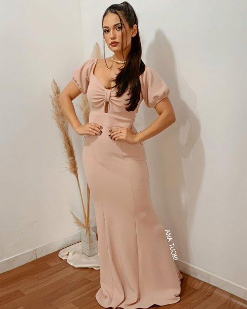 {Cindy} Vestido Festa Longo Semi Sereia Ombro a Ombro Bufante Madrinha Convidada (cor Rosé)