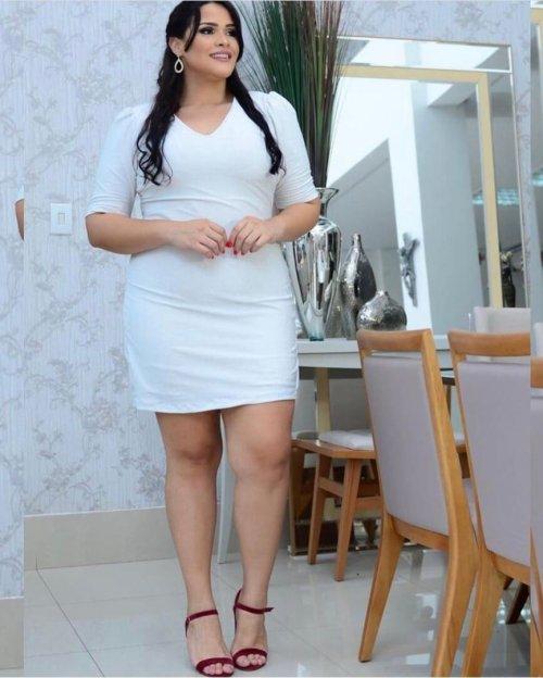 {Clarice} Vestido Curto Tubinho Manga 3/4 em Lurex Noiva Casamento (cor Branco)