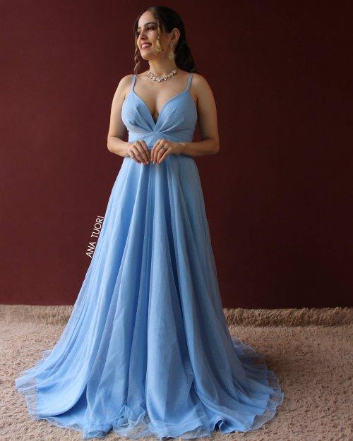 {Elisa} Vestido Festa Longo Rodado Alça Fina Tule com Glitter Madrinha Aniversário (cor Azul Serenity)