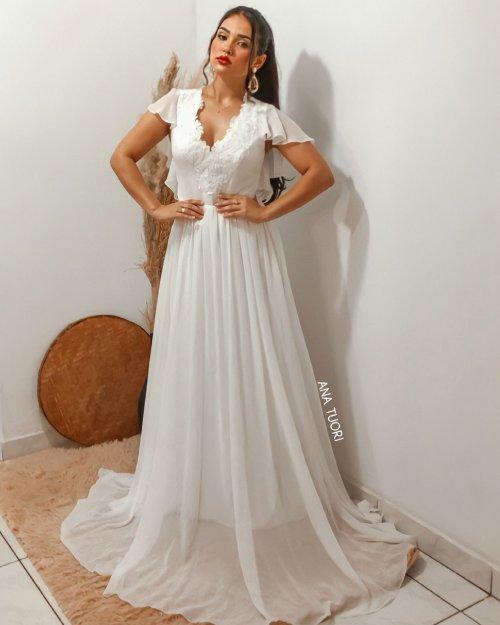 {Flora} Vestido Longo Evasé Manga Soltinha Decote nas Costas Noiva Casamento (cor Branco Off)