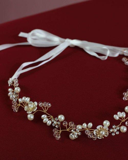 {Joinville} Acessório de Cabelo Tiara Flexível Pérolas e Laço com Detalhes em Dourado