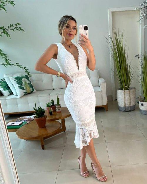 {Pietra} Vestido Festa Midi sem Mangas em Renda Casamento Formatura (cor Branco Off)