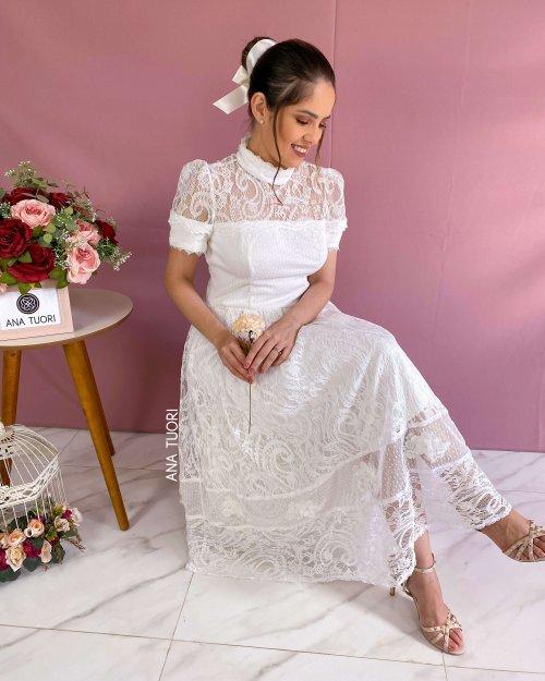 {Thássia} Vestido Midi Rodado Manga Curta Gola Alta Noiva Casamento (cor Branco Off)