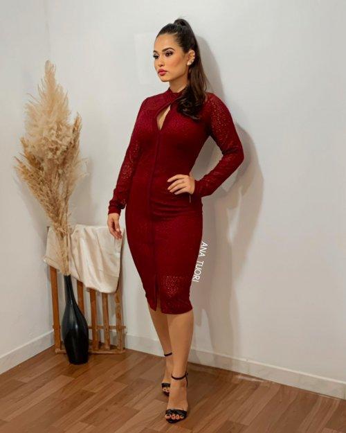 Esther Vestido Festa Midi Em Renda Manga Longa Gola Alta