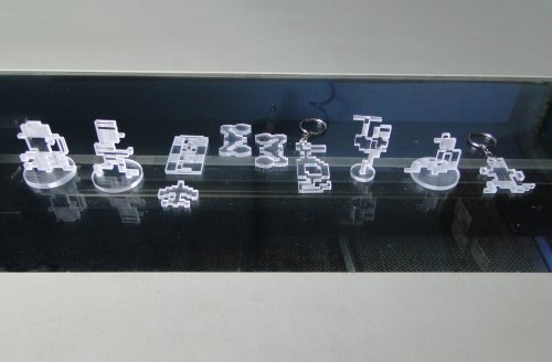 Kit de 10 peças temáticas em acrilico