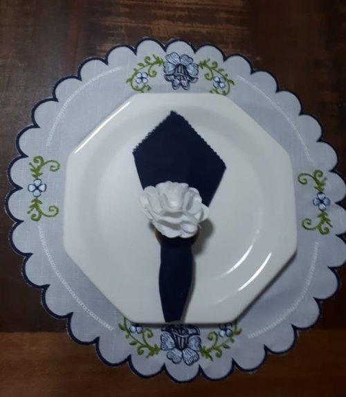 Kit Sousplat Bordado Azul Floral
