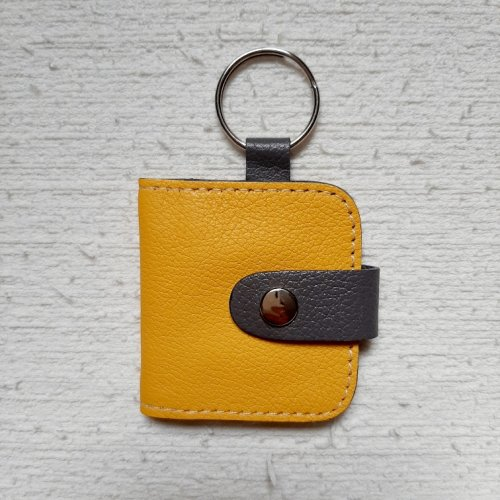 Chaveiro com Porta Fotos - Amarelo com Cinza