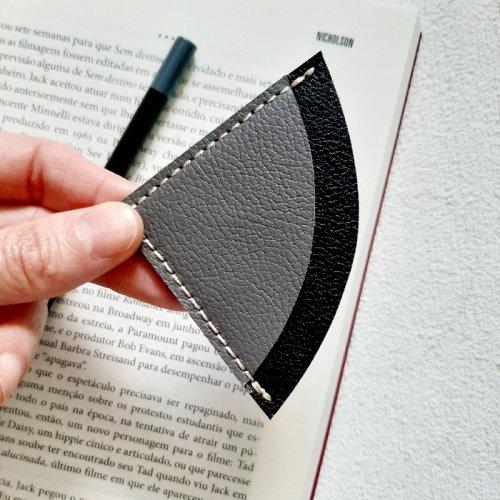 Marcador de Páginas - Cimento com Preto