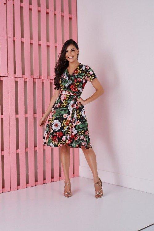 Vestido Floral Fundo Preto Tata Martello Primavera/Verão