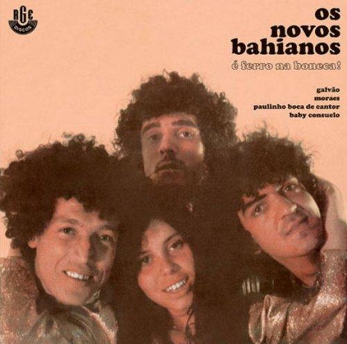 CD NOVOS BAIANOS - É FERRO NA BONECA