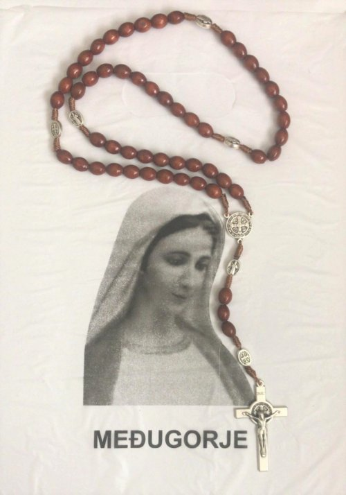 Terço Mariano em  Madeira de Medjugorje com Pai Nossos, Medalha da Salve Rainha e Crucifixo com Medalhas de São Bento