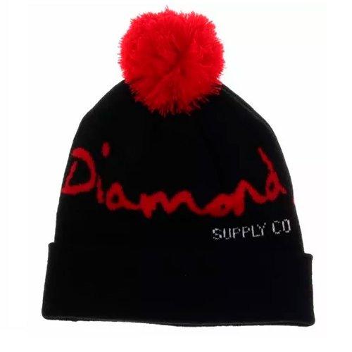 Touca Diamond Vermelha com Pompom